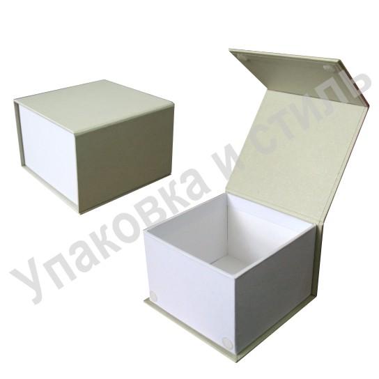 Подарочная коробка с клапаном